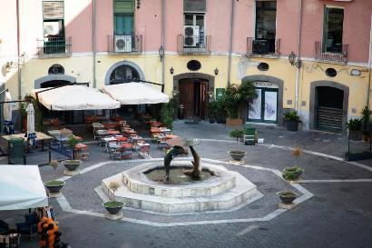"""Piazza Flavio Gioia """"La Rotonda"""" di Salerno"""