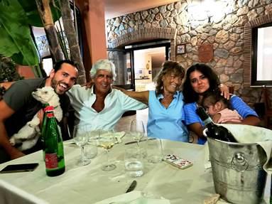 Il candidato Salvatore Fruscione in famiglia